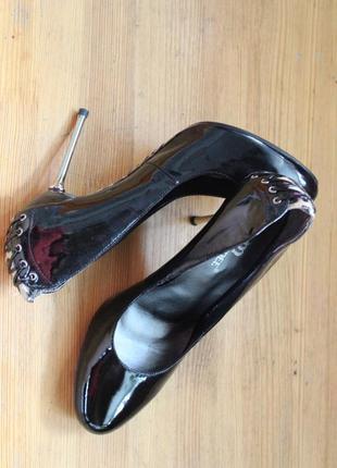 Дерзкие туфли для особого случая