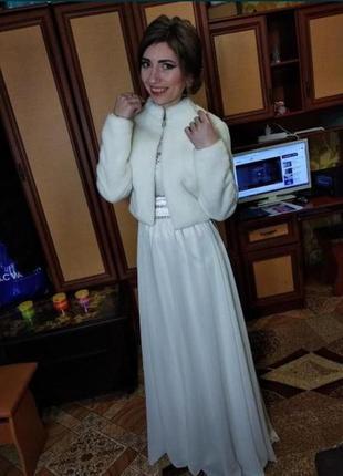Вечірня біла сукня 700 грн