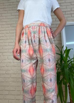 Персиковые легкие штаны