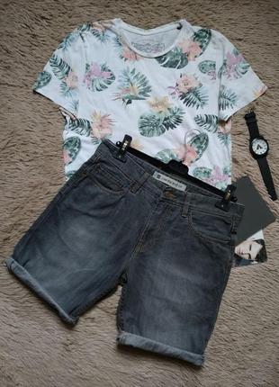 Стильные мужские джинсовые шорты gap