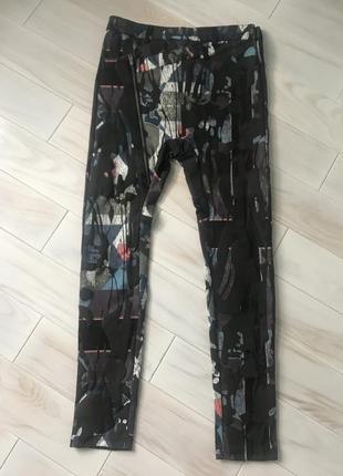 Стильные штаны леггинсы s