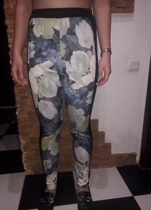 Штаны брюки лосины в нежный принт boohoo