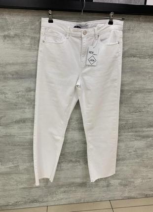 Укорочені широкі джинси stradivarius