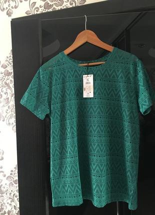 Модная, актуальная футболка