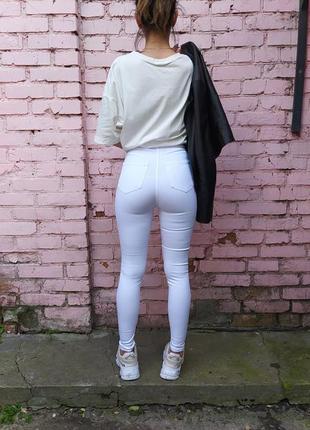 Белые джинсы американка