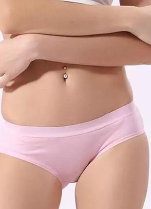 Гарненькі натуральні рожеві трусики m&s