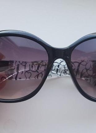 Lipsy logo очки