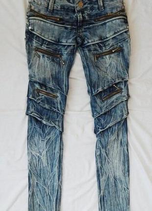 Брюки oligarch, р-р w-27, джинсы с разводами, с молниями, скини скинни