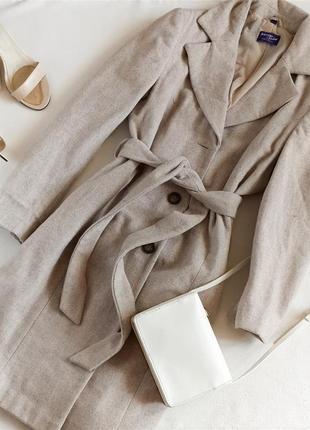 Бежевое пальто халат миди 68% шерсти biaggini