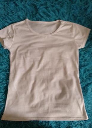 Белая класическая футболка