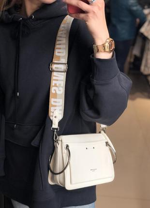 Женская сумочка с длинным ремешком david jones