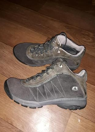 Комбинированные трекинговые кожаные ботинки clarks gore-tex 38 р.