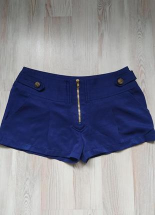Стильные короткие синие шорты atmosphere