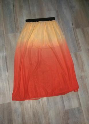 Яркая градиентная юбка в пол