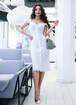 Белый льняной сарафан с кружевом
