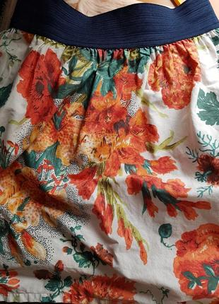Брендовая летняя короткая коттоновая юбка тюльпан в цветы маки лилии zara принт мини
