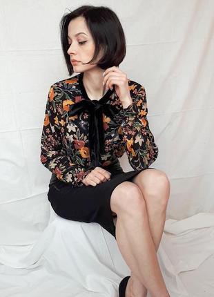 Красивая блуза рубашка с бархатным бантом2 фото