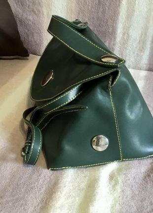 Эксклюзивная кожаная сумка «треугольник» celine оригинал