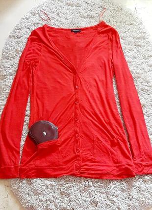 Красная летняя кофта
