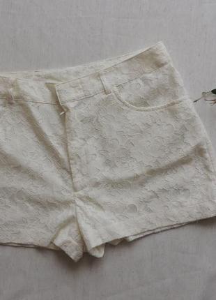 Модные  кружевные шорты h&m р 38