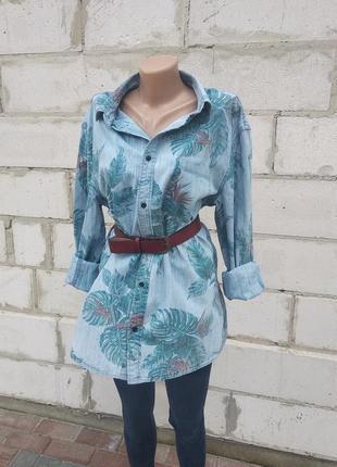 Джинсовая рубашка в тропичный принт р. xl