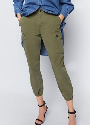 Новые zara брюки карго цвета хаки