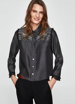 Zara рубашка с вышивкой р. мех 30 на рост 175/96а