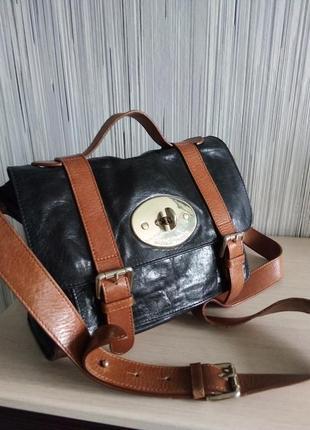 Кожанная сумка комфортная и удобная италия