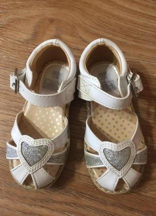Босоножки кожанные сандалики детские для девочки