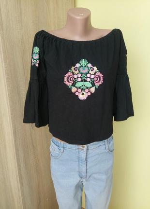 Блуза на плечи вышиванка