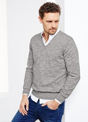 Стильный пуловер с v-образный вырезом от tchibo германия