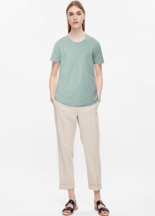 Оригинальная футболка от бренда cos разм  s, m, l, xl