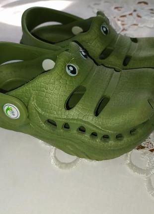 Кроксы крокодил р.7 стелька 15см