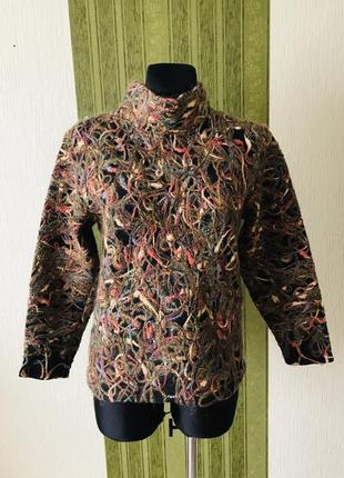 Оригинальный свитер в стиле бохо