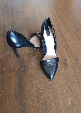 Туфли лодочки stradivarius