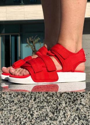 Удобные стильные женские сандали adidas adilette sandals red сандалі боссоножки босоніжки
