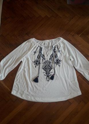 Блуза вышиванка от h&m