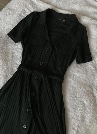 Теплое платье на пуговицах