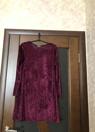 Крутое велюровое платье мини бренд misslook новое