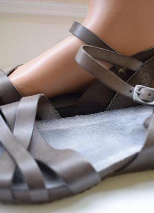 Кожаные люксовые босоножки сандали сандалии tbs р.39 25 см франция