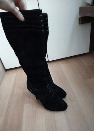Чёрные замшевые сапожки centro