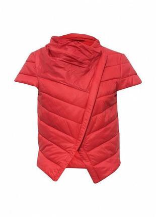 Красный жилет rinascimento