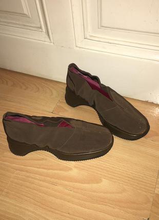 Новые итальянские ботинки/ кожа/ тракторные /на платформе бренда vibram