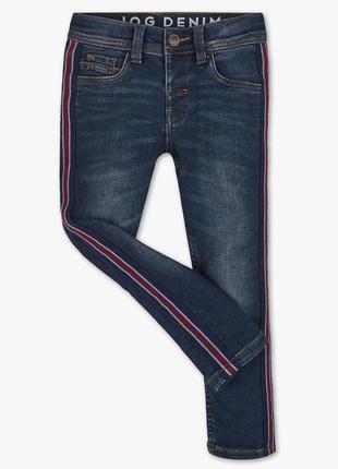Стильные джинсы с лампасами c&a новый тренд