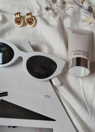 Очки окуляри темные черные белая оправа солнце солнцезащитные  трендовые новые uv4005 фото