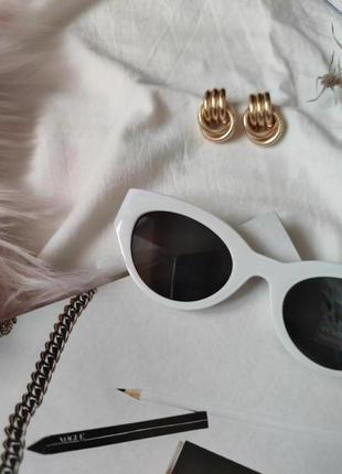 Очки окуляри темные черные белая оправа солнце солнцезащитные  трендовые новые uv4004 фото