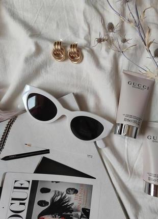 Очки окуляри темные черные белая оправа солнце солнцезащитные  трендовые новые uv4003 фото