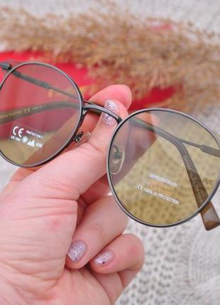 Красивые солнцезащитные очки gian marco venturi