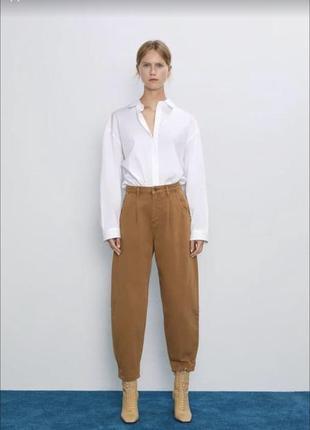 Слоучи джинсы коричневые zara