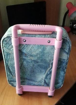 Дорожный чемоданчик для принцессы